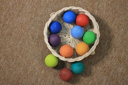 Nobia Bola warna 12
